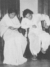 Haaye Re Woh Din Kyuun Na Aaye - With Pt. Ravishankar