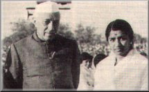 Aye Mere Watan Ke Logo- Lata with Pt. Nehru